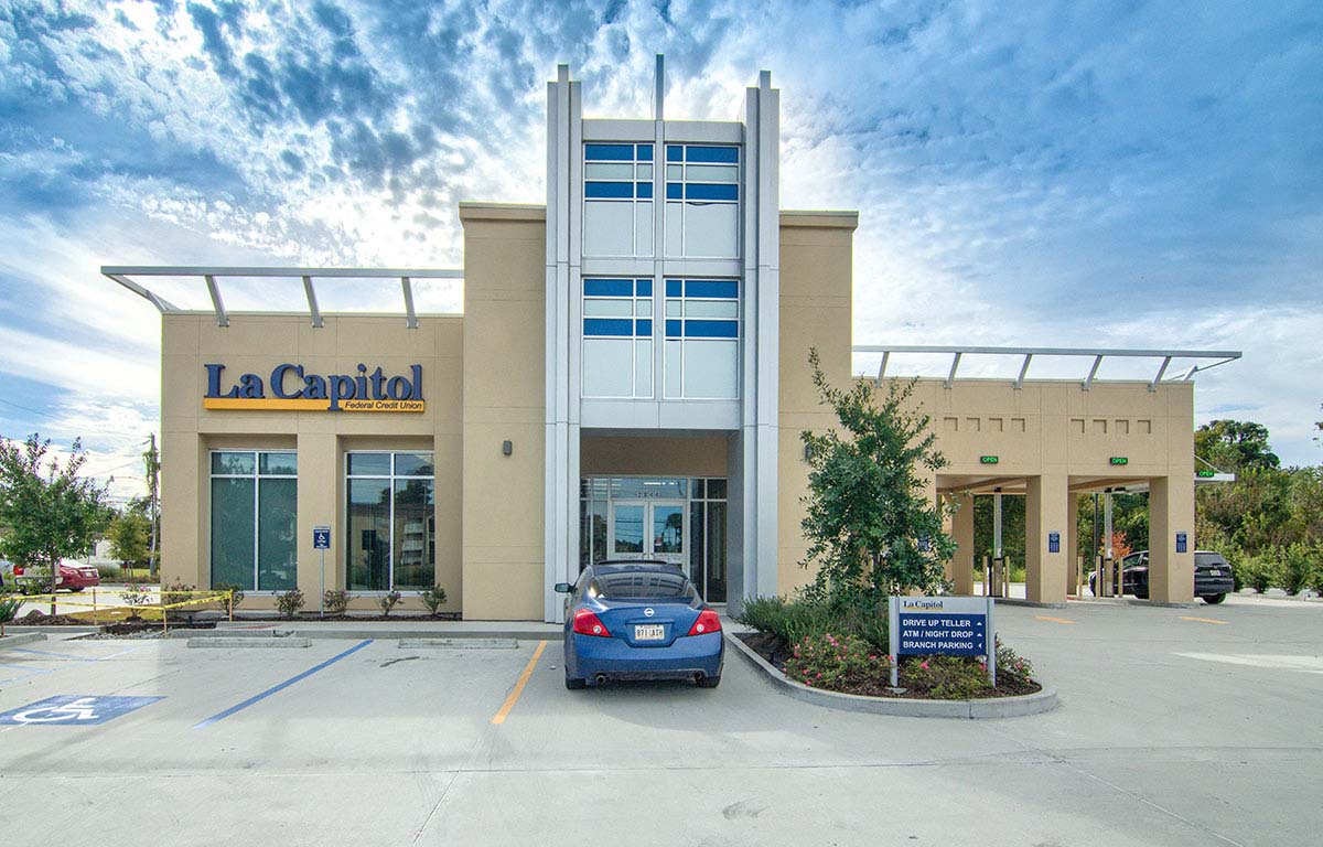 Project - La Capitol FCU - Harvey, LA - Storefront, Entrances - 2017