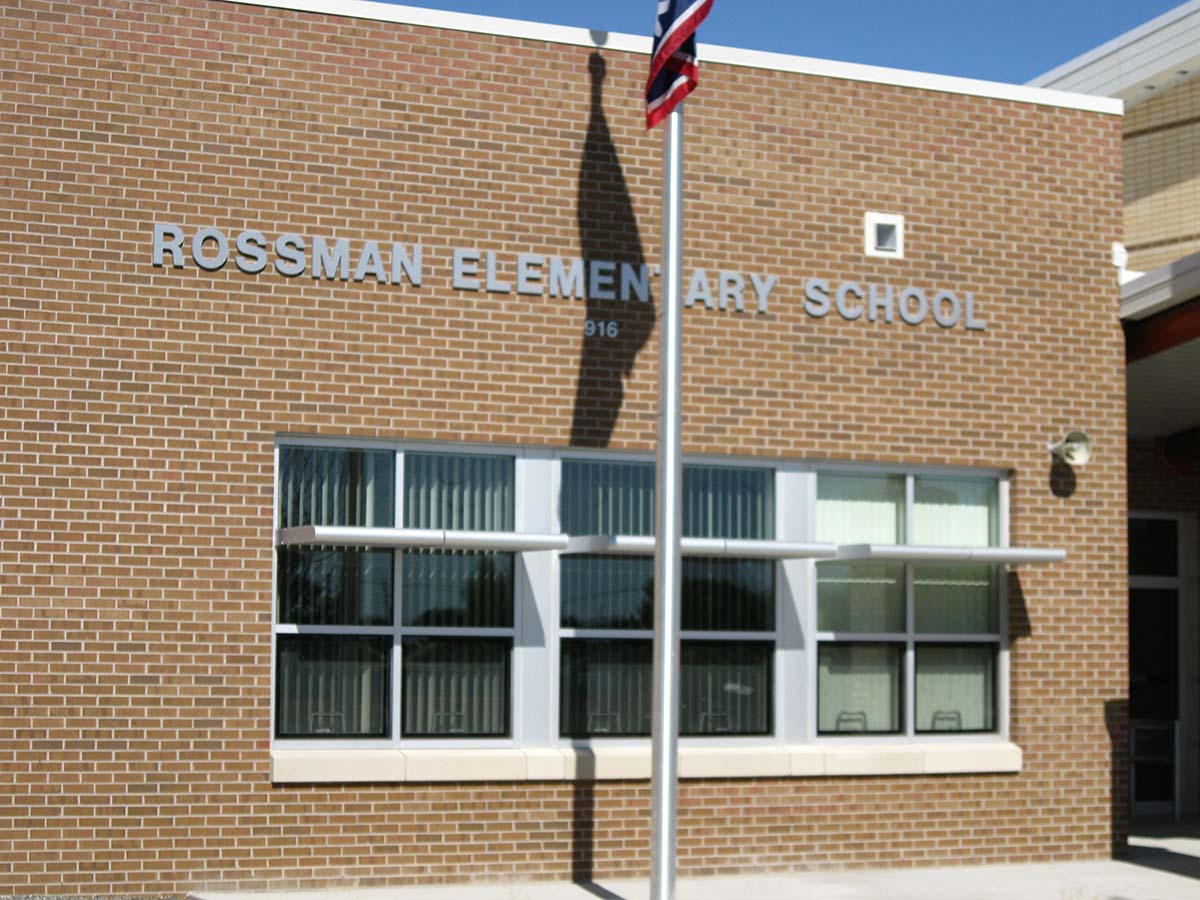 Project - Rossman Elementary - Cheyenne, WY - Curtainwall, Storefront, Windows, Daylight - 2009